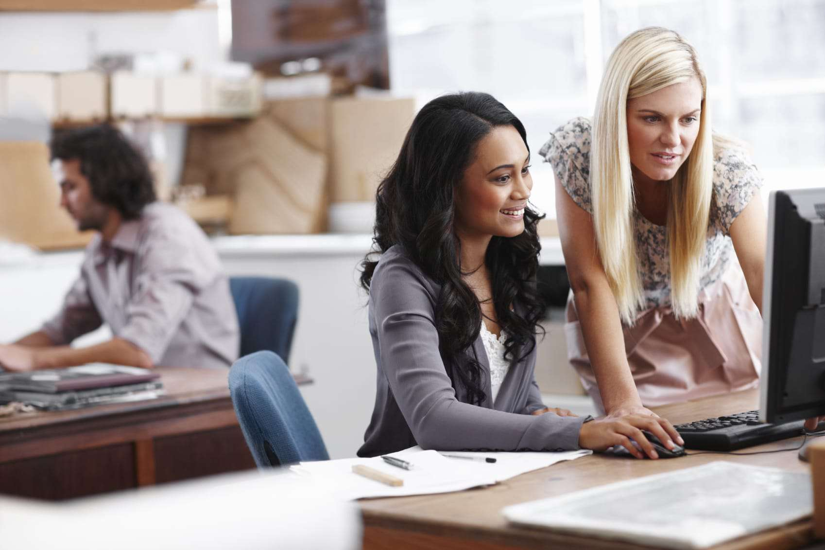 The following are good reasons for why women should invest in a coworking space